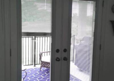 Tilt & Lift mini blinds